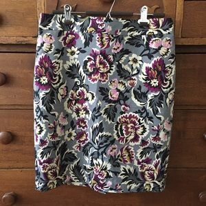 Ann Taylor Factory printed pencil skirt 10